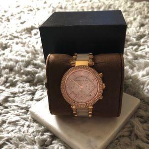 Michael Kors Rose Gold Watch.